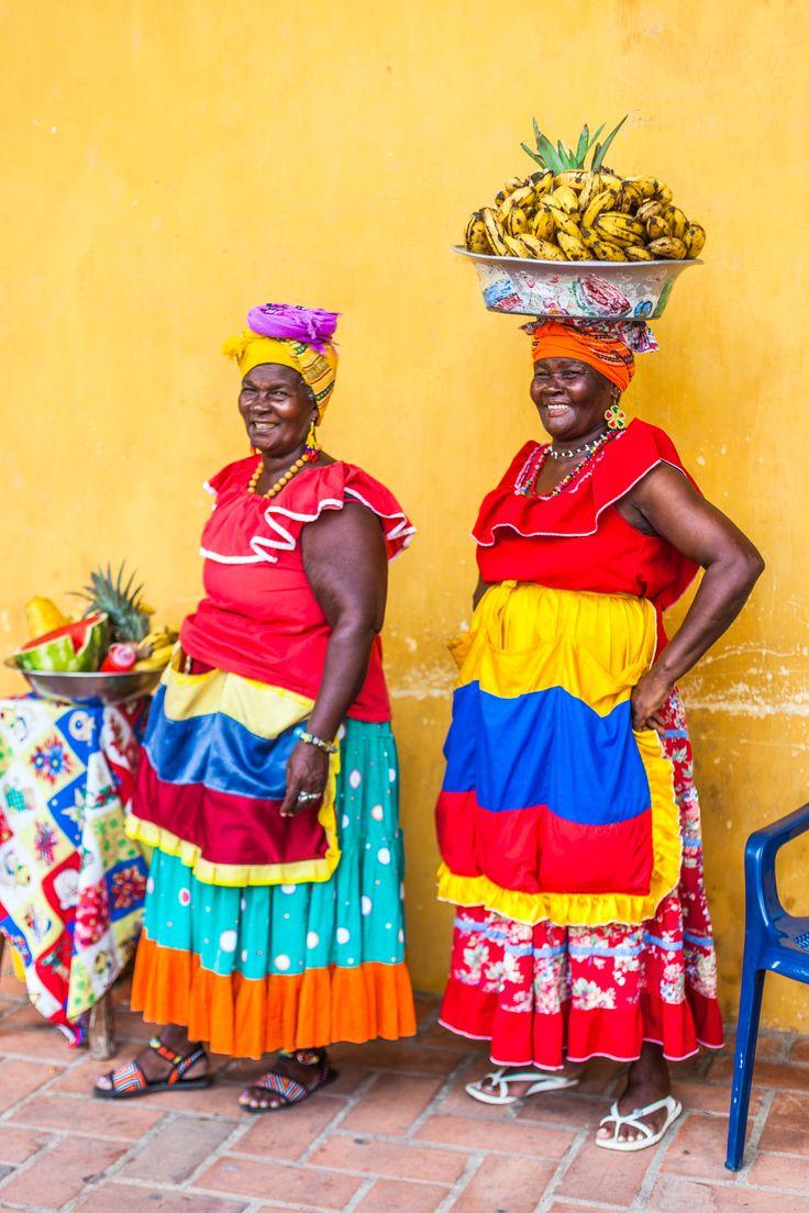 palenqueras fruit vendors cartagena de indias colombia