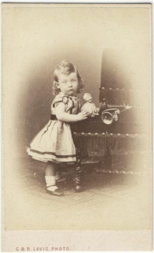 Carte-De-Visite-Photograph-Victorian-Boy-CLOWN-DOLL-TOY-TRUMPET-Circa-1870s