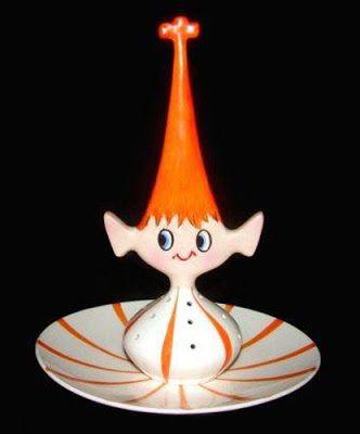 Ceramics in portugal: SECLA for Holt Howard Holt Howard - dish for hors-d'oeuvre Pixieware , 20 cm. EBay