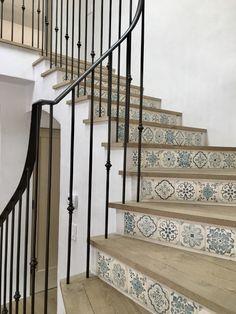 Oltre 25 fantastiche idee su scale interne su pinterest for Idee di veranda posteriore per case in stile ranch