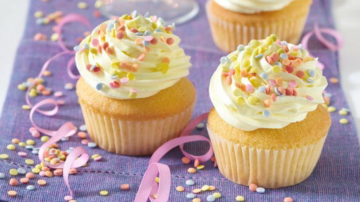 Silvestrovské cupcakes s vaječným likérom