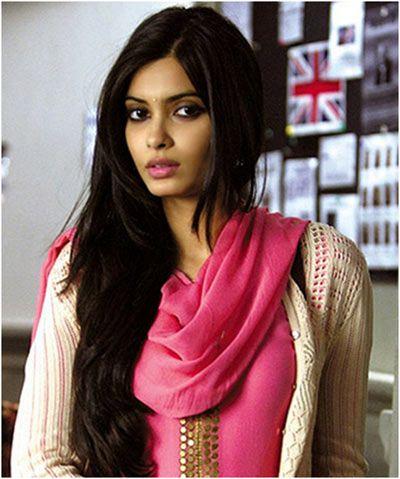 Diana Penty Long Hairstyle Bollywood Celebrity