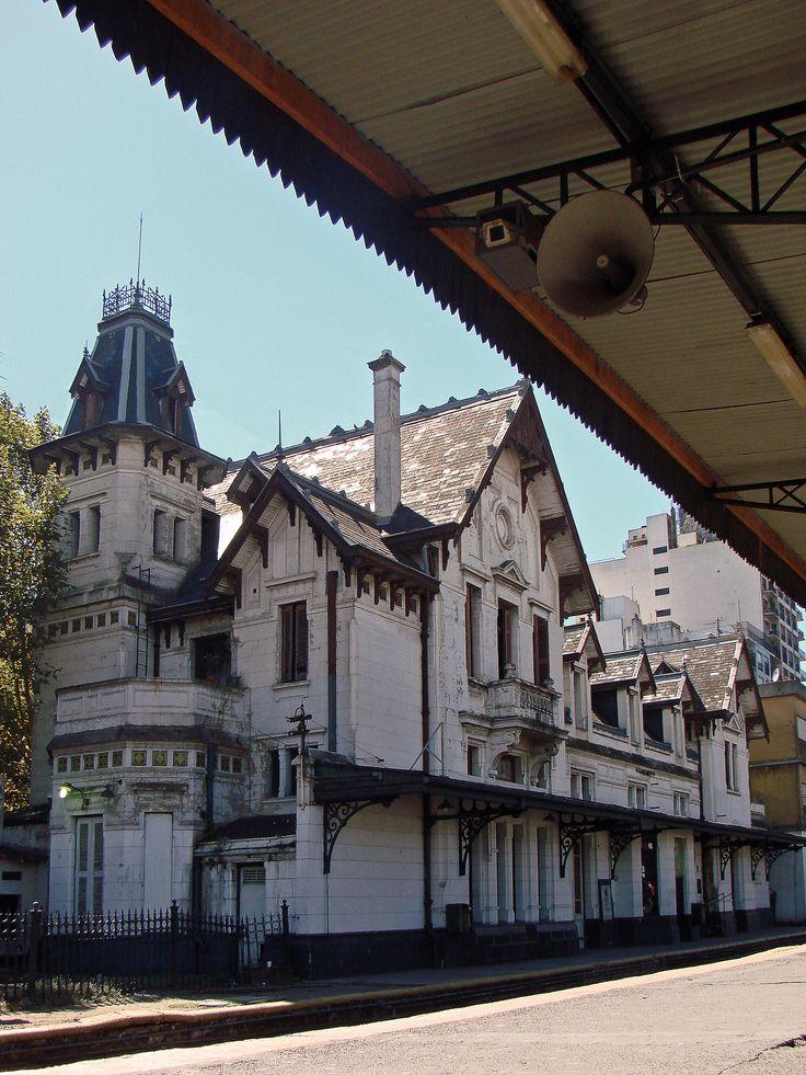 Estación Ramos Mejía ferrocarril Sarmiento, Buenos Aires.