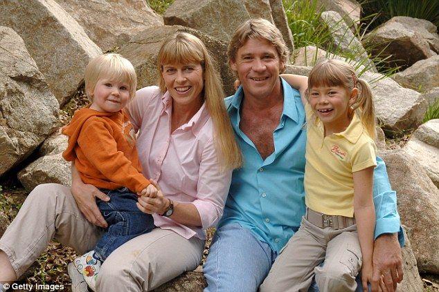 Steve Irwin poses with family Terri, Bob and Bindi at Australia Zoo in 2006...