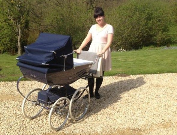 Lily Allen shows off daughter Ethel's classic Silver Cross pram on Twitter
