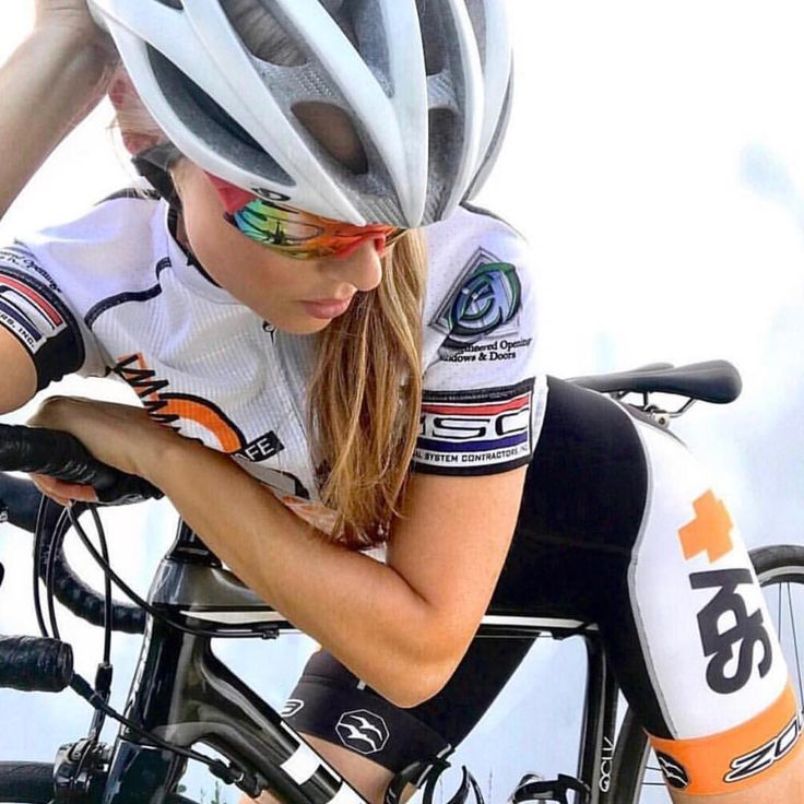 Spy. #miamiridelife #ride #cycling #cycle #cyclist #sport #bicycle #miami #usa # fit #fitness #yoga #sport #gym #athlete #fitnessmotivation #girls #mrlbyrb #bicicleta #bike #girl #boy #велосипед #自行車 #fiets #velo #Fahrrad #bicicletta