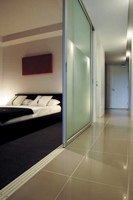 Cool, polished #porcelain tiles add a touch of class. #UnionTiles #bedroom