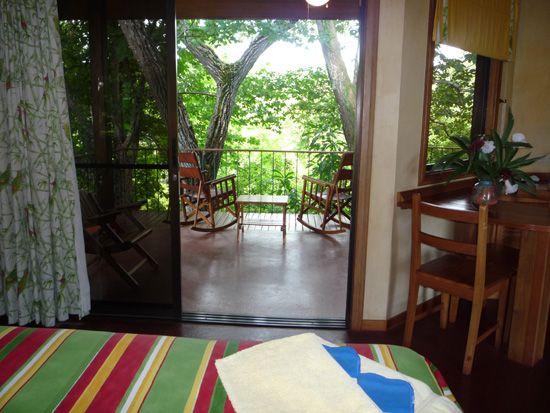 Salud y Naturaleza en el Hotel Luna Azul en la Costa Pacífica de Costa Rica