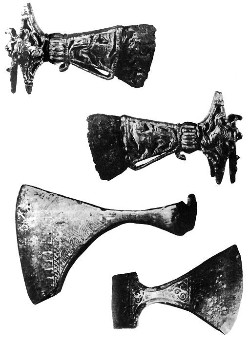 81. Battle axes X of the first half XIII centuries .: Ladoga, Angles (South Ladoga region) Pozhnya-machine (Kostroma region.)