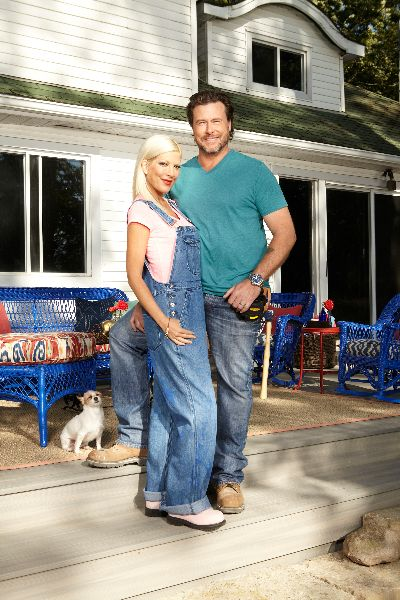 Tori & Dean: Cabin Fever on to CMT standing on a @Fiberon Decking Greystone deck! #DeckLove   http://www.fiberondecking.com   Tori & Dean: Cabin Fever | CMT Canada beginning June 20th