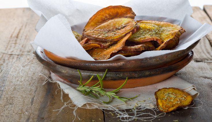 Selbstgemachte Rosmarin-Süßkartoffelchips