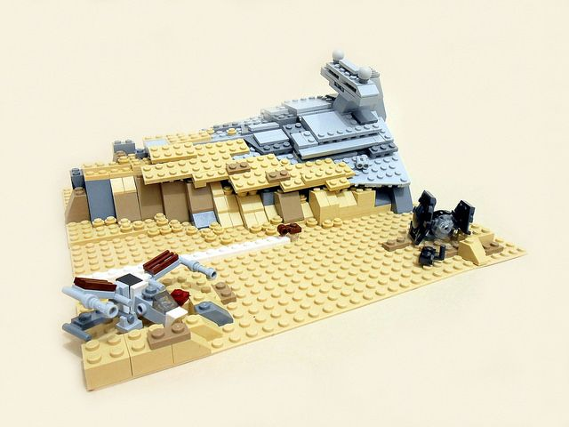 Microscale scenes depict all VII Star Wars episodes in LEGO http://www.brothers-brick.com/2015/09/04/microscale-scenes-depict-all-vii-star-wars-episodes-in-lego/