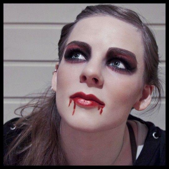 Trucco semplice vampira