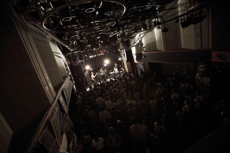 【撮影記録】  Schroeder-Headz 2016/7/16 at 京都MUSE w/玉木正太郎(Ba)、鈴木浩之(Ds)  京都は華やかに祇園祭の夜  音は、衝動とまさに疾走。 50minの閃光でした。笑って駆け抜けてた。