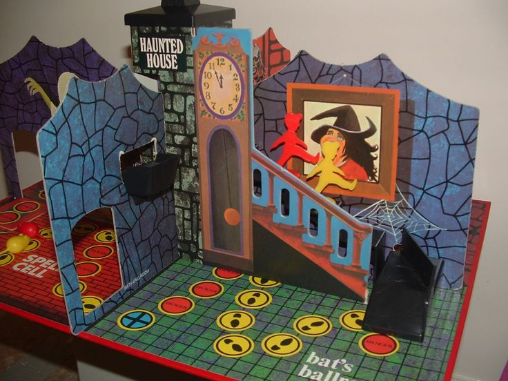 1970s board games | THE COBWEBBED ROOM: DENYS FISHER HAUNTED HOUSE board game 1970s