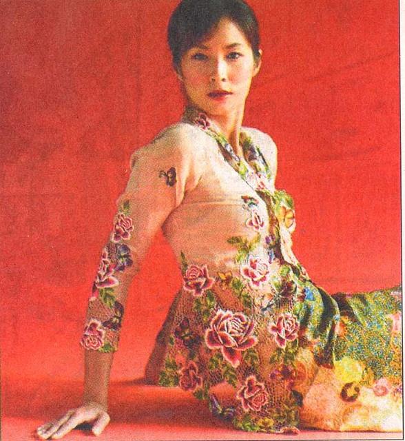 i'm thinking variations on a wedding sarong singapore Beautiful Peranakan Sarong Kebaya by kidtoro, via Flickr