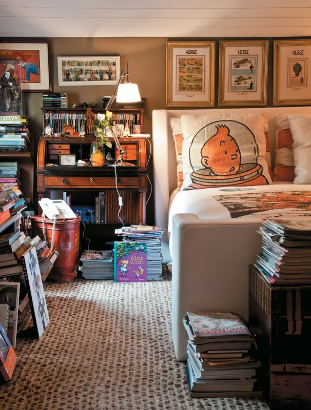 .......the TinTin pillows. My son would love this. TinTin books were the reason his reading finally took off!
