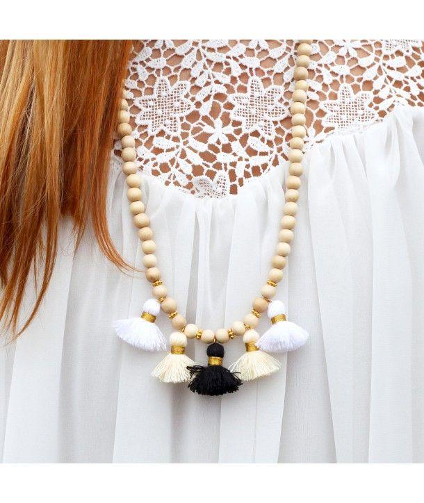 17 meilleures id es propos de colliers de perles en bois sur pinterest diy collier bijoux. Black Bedroom Furniture Sets. Home Design Ideas
