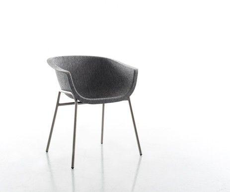 Ekskluzywne krzesło Chairman wykonane ze sprasowanego filcu oraz stalowej podstawy
