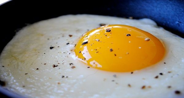 Eggs were demonized in the past due to their high cholesterol levels. Many doctors suggested that eating eggs is bad due to the cholesterol and may harm your health, but this was a common misconception which has been blown out of proportion. Eggs are one of the few ideal foods for our health – they …