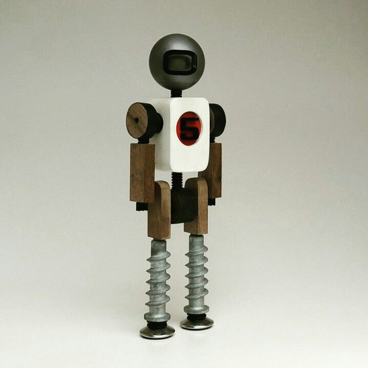 Woodbot with white body