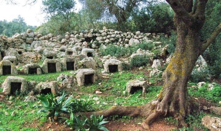 Stone hive , Nira, Cape Lefkatas !  www.lefkada-anesis.com