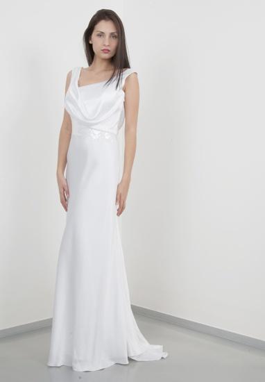 wedding dress http://www.ideasposatorino.it/galleria-collezioni/galleria-collezione-europa.php