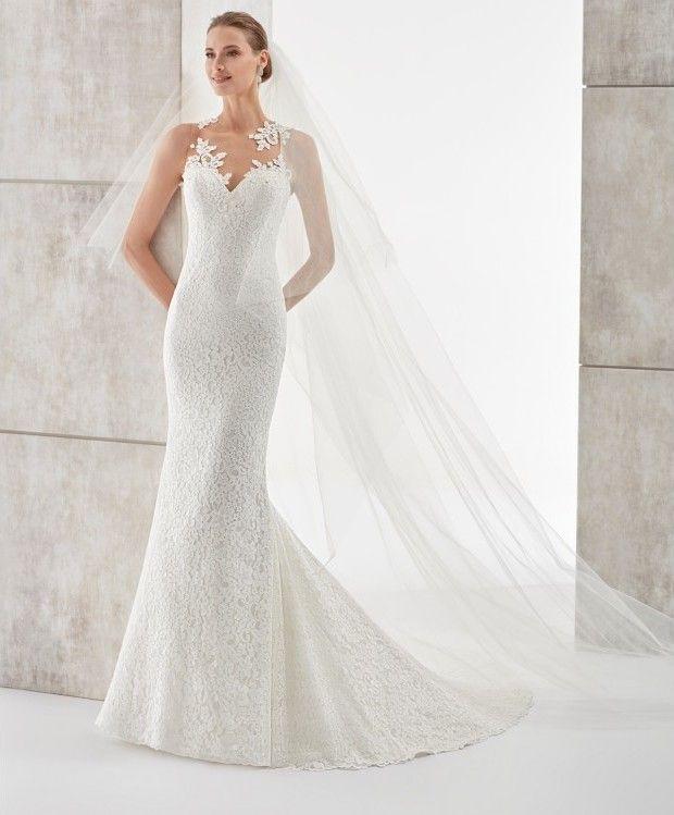 romántico y elegante vestido de novia corte sirena. sensual escote