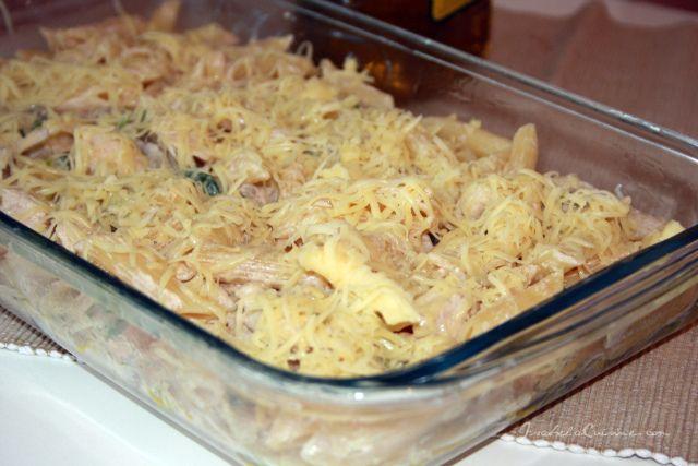 Sajtos húsos tészta egyenesen a sütőből! Csodás ízek fél óra alatt, jobb vacsi elképzelhetetlen!