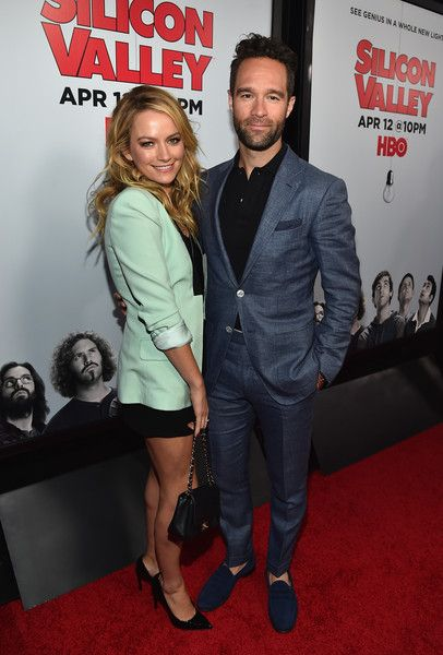 Becki Newton and Chris Diamantopoulos