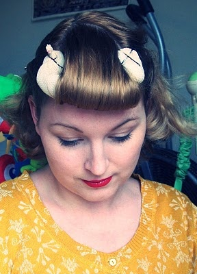 Guys and Dolls - Hair tutorial EARLY 1950's