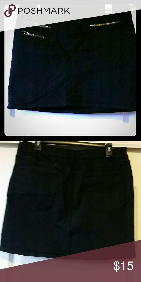 Jean mini Skirt Black Jean mini skirt zipper pockets really cute The Diva Skirts Mini