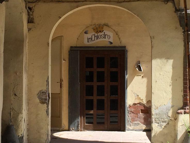 L'InChiostro, un locale chiuso e ormai abbandonato nel chiostro di Sant'Agostino a #Lucca. #MonumentsMenWe