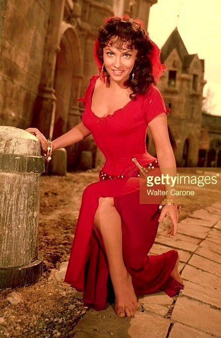Gina Lollobrigida as Esmeralda 1956