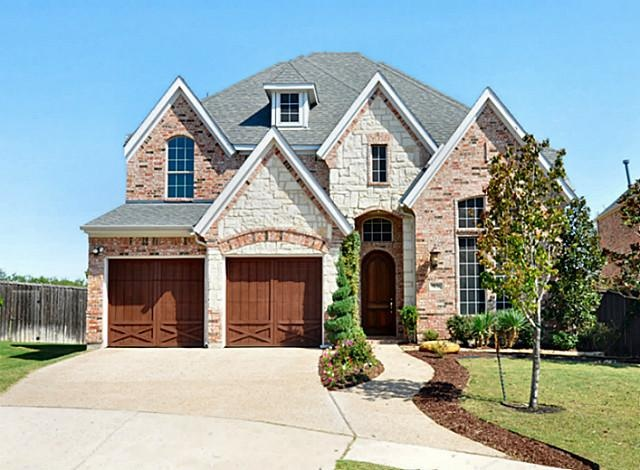 Stone Work Elevation : Brick and stone elevation home located in prestige kings