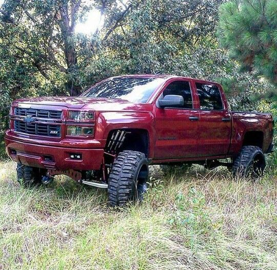 25 Best Ideas About Lifted Chevy Trucks On Pinterest