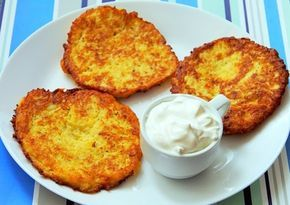 Recipe for Polish potato pancakes known as placki ziemniaczane