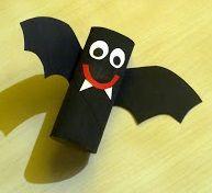 Cómo decorar en halloween utilizando rollos de papel y realizando manualidades para niños