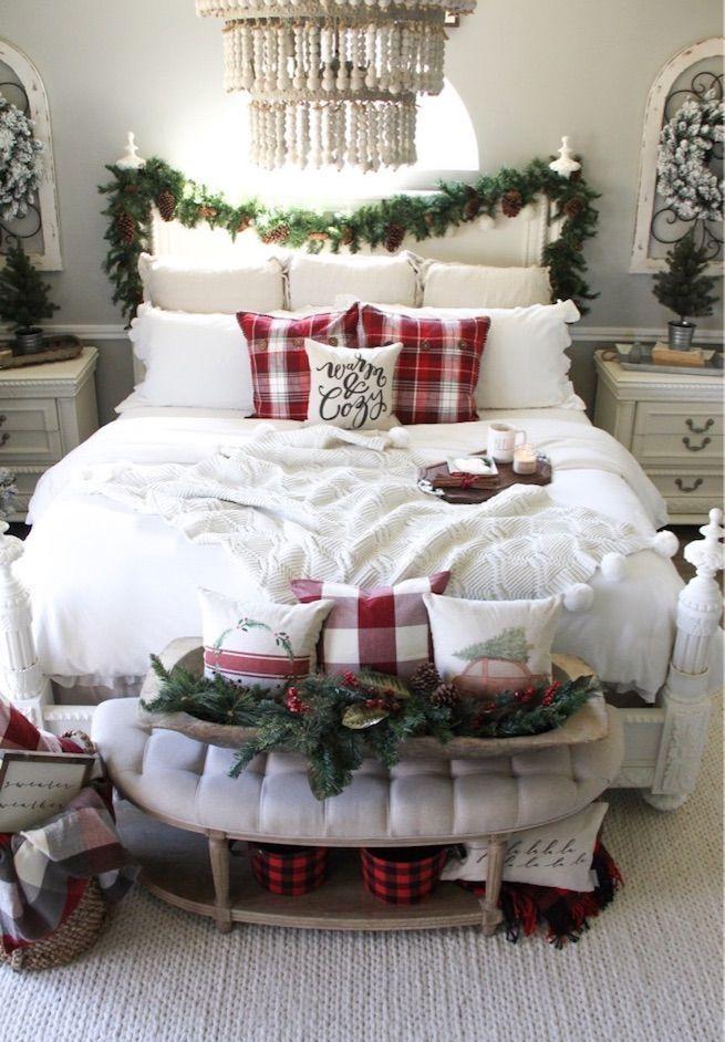 25 Christmas Bedroom Decor Ideas For A Cozy Holiday Bedroom Christmas Decorations Bedroom White Christmas Decor Christmas Bedroom