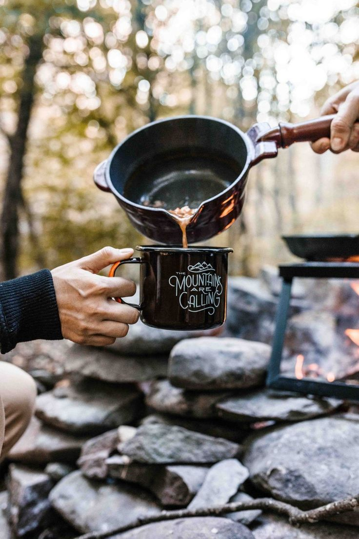20 idées déco de camping chic   Repas camping, Camping, Camping glamour