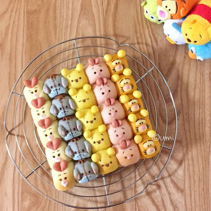 Pooh & friends bread by うみ (@umi0407)