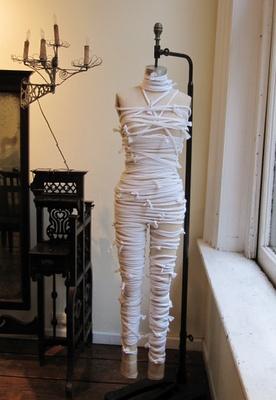 Como hacer disfraces de halloween: disfraz de momia