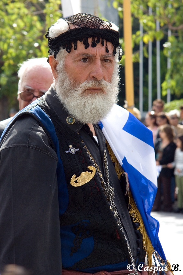 Veteran in traditional Cretan costume (Heraklion, 2007)