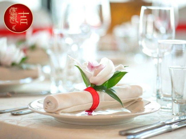 Мы предлагаем вкусное меню, искрящиеся коктейли и интересную программу каждому! Наш мобильный ресторан готов доставить в ваш офис, загородный дом, квартиру или патио на свежем воздухе великолепные...