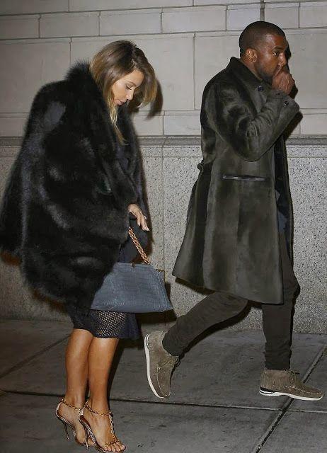 BLACKANISMO: #Kanye West usa Burberry Prorsum Bonded Shearling Caban Fur Coat em Philly