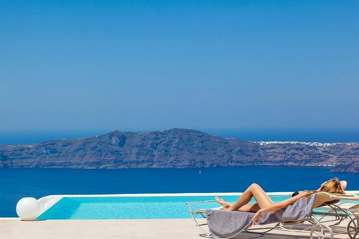 La Maltese Estate A top resort in Santorini. With a stay at La Maltese Estate, you'll be centrally located in Santorini, walking distance from Skaros Rock and close to Petros M. Nomikos Conference Centre. This 5-star hotel is within close proximity of Wall Paintings of Thira Exhibition and Catholic Cathedral.  Check more pictures & Booking Options here: http://www.lowestroomrates.com/avail/hotels/Greece/Santorini/La-Maltese-Estate.html?m=p #Santorini