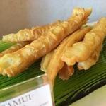 コサムイ バイ チェディルアン - 料理写真:コサムイ 南の島の朝食サムイビーチのパー・トン・コー(揚げパン)