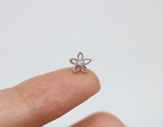 Fleur de piercing conque piercing helix piercing boucle