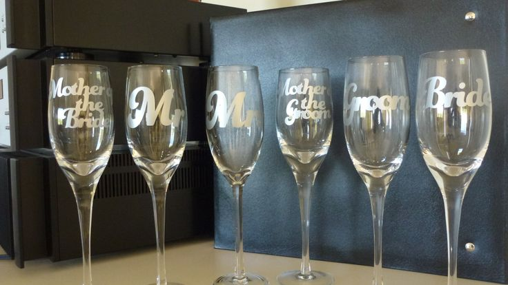 Vinyl on champagne flutes- for wedding (Cricut Artbooking cartridge)