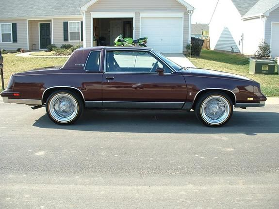 85MerlotCutty's 1985 Oldsmobile Cutlass Supreme